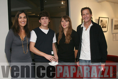 Oct  24th, 2008 Venice Arts Pre party   www venice-arts org  Photos by Venice Paparazzi (18)