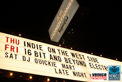 11 14 08 Venice Media District Fall Mixer   www venicemediadistrict org   Photos by Venice Paparazzi (2)