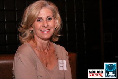 11 14 08 Venice Media District Fall Mixer   www venicemediadistrict org   Photos by Venice Paparazzi (22)