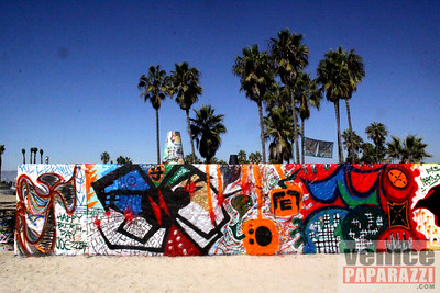Visit the walls. Venice Public Art Walls. 1800 Ocean Front Walk. Venice, California 90291. For more information, visit http://www.veniceartwalls.com or http://www.icuart.com. Photos by http://www.venicepaparazzi.com