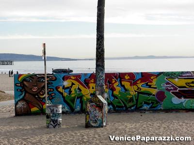 Venice Public Art Walls. Graffiti Walls of Venice.  www.veniceartwalls.com www.icuart.com. Photo by Venice Paparazzi. www.venicepaparazzi.com