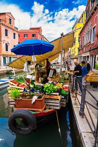 Floating Farmer's market, Castello, Arsenale