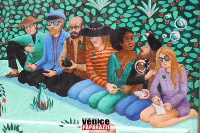05 03 09  Venice Arts Council Endangered Art fund   Champagne Brunch Honoring Donors for the JAYA Mural Restoration Project   www veniceartscouncil org  Photos by www venicepaparazzi com (10)