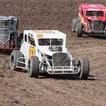 dirt track racing image - VRA14MAY16_82