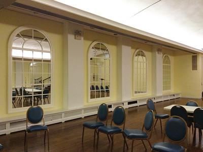 xAbigail Adams Smith Auditorium_2015-08-31_0982_mirrors on left