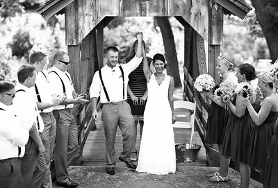 Peer Canvas Wedding Photography