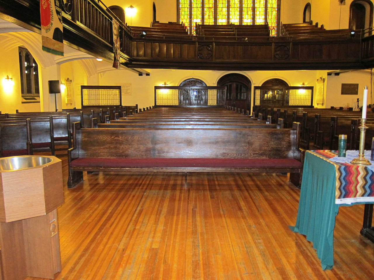 Broadway Presbyterian Church_2013-10-04_4327_Sanctuary seen from altar