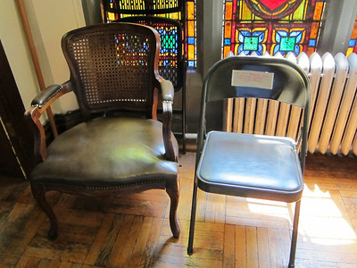 Broadway Presbyterian Church_2013-07-19 031_available chairs