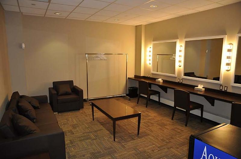Band Dressing Room - Cssino New Brunswick
