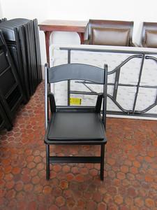 xHispanic Society_2013-03-26 (4)_folding chair with padded seat