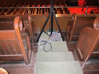 xImmanuel Lutheran_2013-11-07_4622_balcony, speaker stand