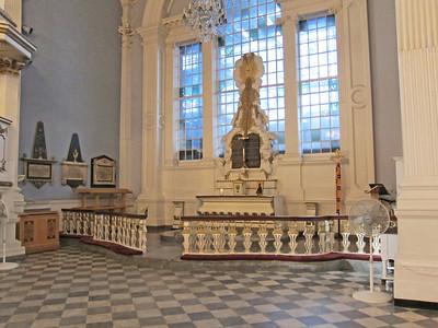St Paul's Chapel_2013-09_4228_altar area
