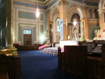 St Jean Baptiste at 76th and Lexington Ave_nave_blue-carpet stage area in front of altar