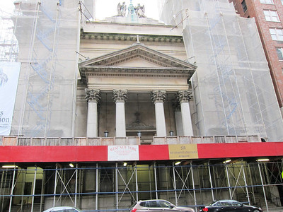 St Jean Baptiste at 76th and Lexington Ave_Church front from Lexington Ave