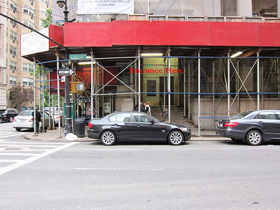 St Jean Baptiste at 76th and Lexington Ave_Door from Lex at 76th leading patrons to the vestibule