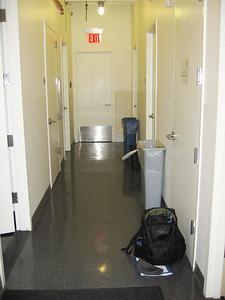 xGreene Space_Hallway leading to green room_2010_0005