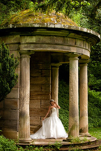 Wynyard Brochure garden wedding shoot