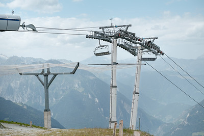 Cable car arrival at Fontanet Verbier