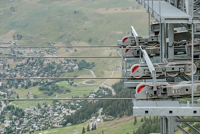 Cable car pylon detail in Verbier
