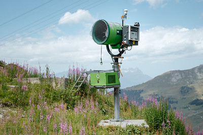 Artificial snow cannon in Les Ruinettes Verbier