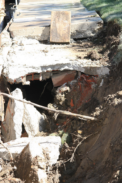 This is not what it should look like--a cavity--when done, this will be full of stone.