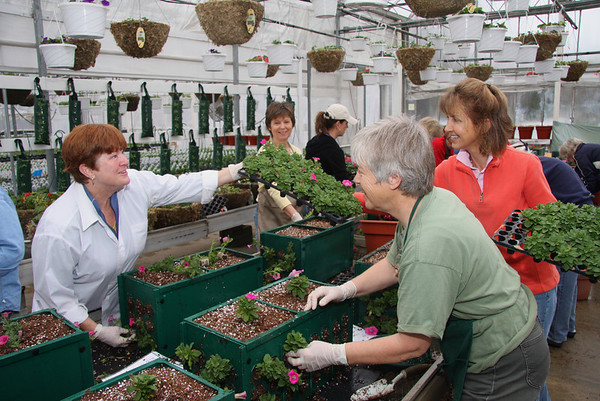 April 8, 2010, Vermilion in Bloom-Workshop at Bissell's Nursery
