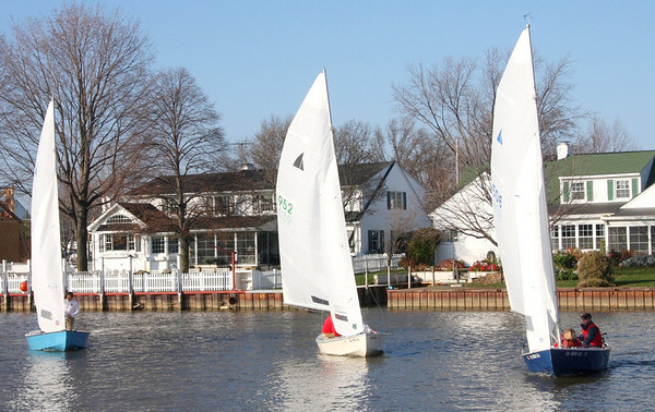 November 22, 2009, Vermilion Boat Club holds the last of four Frostbite Races.