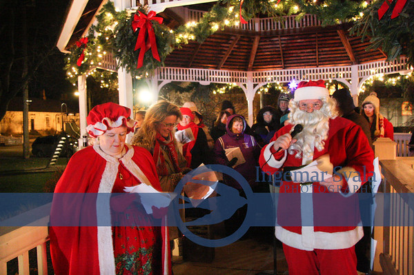 Vermilion, The Christmas Tree Lighting and Belgian horse carriage rides, November 26-28, 2010