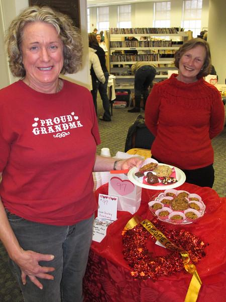 Carolyn Moes choosing some cookies from J. Koachway.