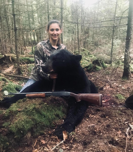2018 - Megan Zinnger, Orleans Co., 379 lbs.  Scored 19 7/16.