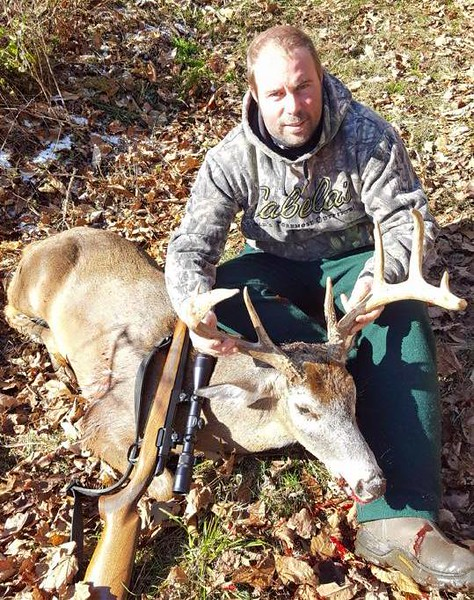 Aaron Wood, Bennington Co., 171 lbs., 2017 Rifle.