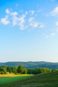 Bragg Hill Morning / Norwich, Vermont