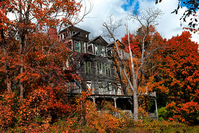 The old Walloomsac Inn in Bennington, VT
