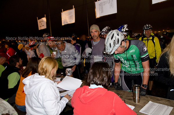 19th Annual Vermont 50 Mountain Bike or Ultra-run A Benefit for Vermont Adaptive Ski and Sports September 30, 2012 Copyright ©2012 Nancy Nutile-McMenemy www.photosbynanci.com