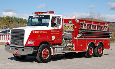 Tanker 1 1989 Freightliner / KME 1500/2500 Old Light bar