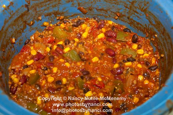 Hartland Chili Cook Off Hartland Recreation Department Hartland VT February 2, 2013 Copyright ©2013 Nancy Nutile-McMenemy www.photosbynanci.com For The Vermont Standard: http://www.thevermontstandard.com/ Image Galleries: http://thevermontstandard.smugmug.com/