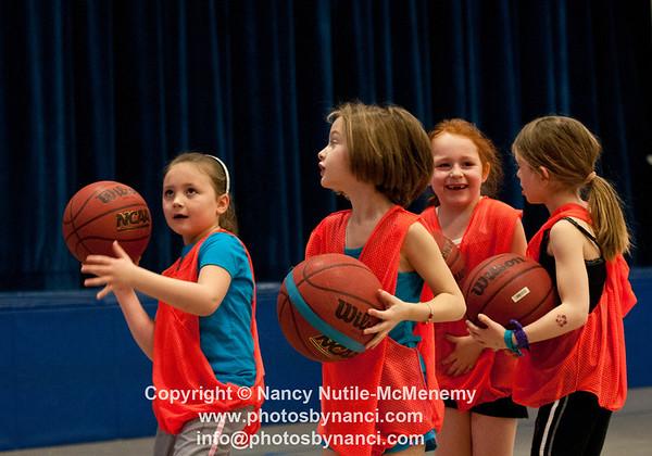 Hartland Recreation Youth Basketball Kindergarten and Grade 1 Hartland  VT January 5, 2013 Copyright ©2013 Nancy Nutile-McMenemy www.photosbynanci.com For The Vermont Standard: http://www.thevermontstandard.com/ Image Galleries: http://thevermontstandard.smugmug.com/