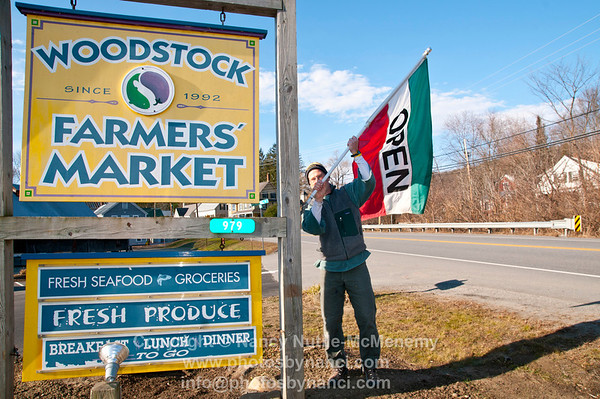 Woodstock Farmers Market Re-Opens