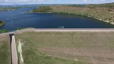 10-Flying up over Glendo Dam
