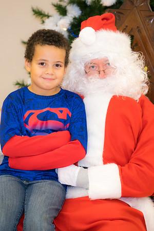 Verndale_Community_Center_Santa-00929
