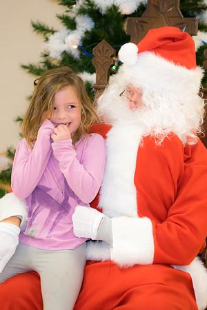 Verndale_Community_Center_Santa-00930