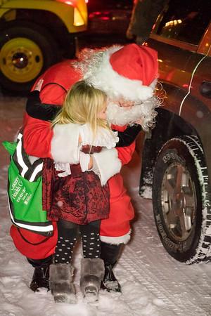 Verndale_Community_Center_Santa-00905