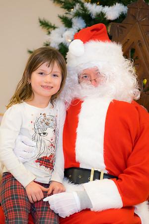 Verndale_Community_Center_Santa-00937