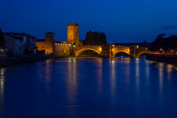 Verona city at night