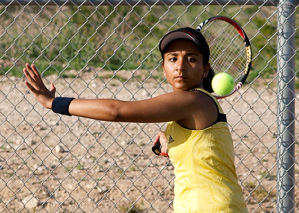 Tennis Verrado Girls vs Desert Edge 3/25/2010