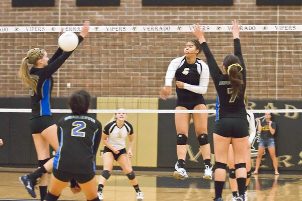 Volleyball Verrado Varsity vs Buckeye 9/3/2013