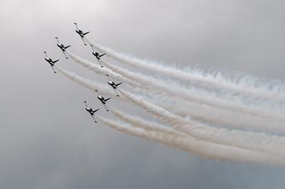 """Die 7 Piloten der """"Turkish Stars"""" zeigten eine unglaubliche Show."""