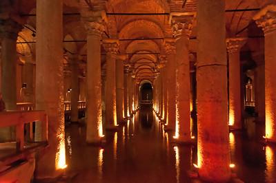 Die Basilika Zisterne wurde im 6. Jahrhundert als Wasserspeicher angelegt.