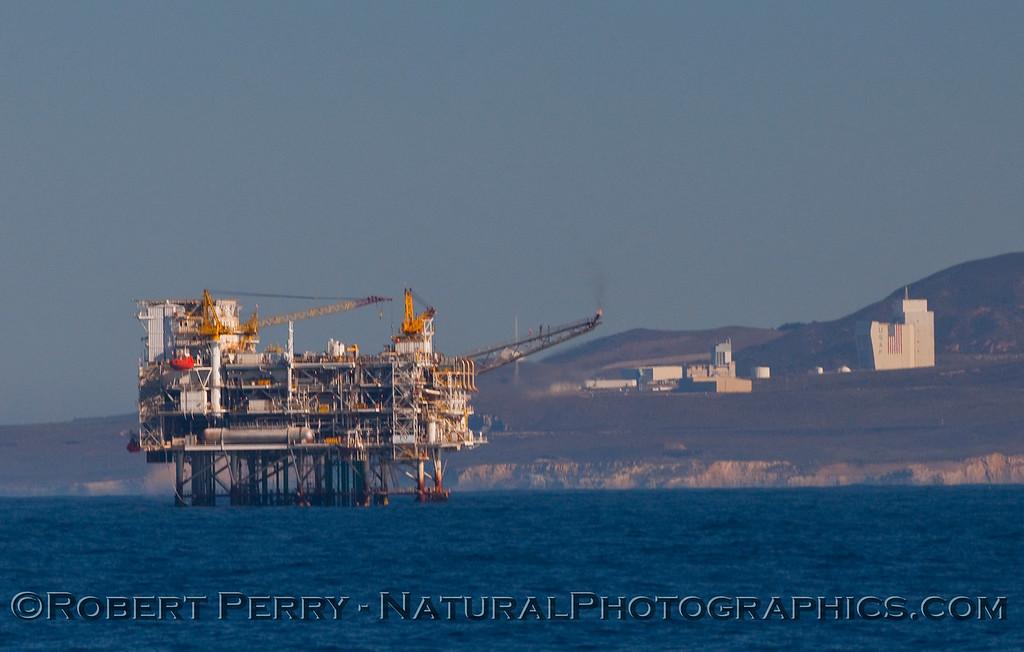 ID oil platform Point Arguello in back 2009 11-15 SC Bight - 004-1