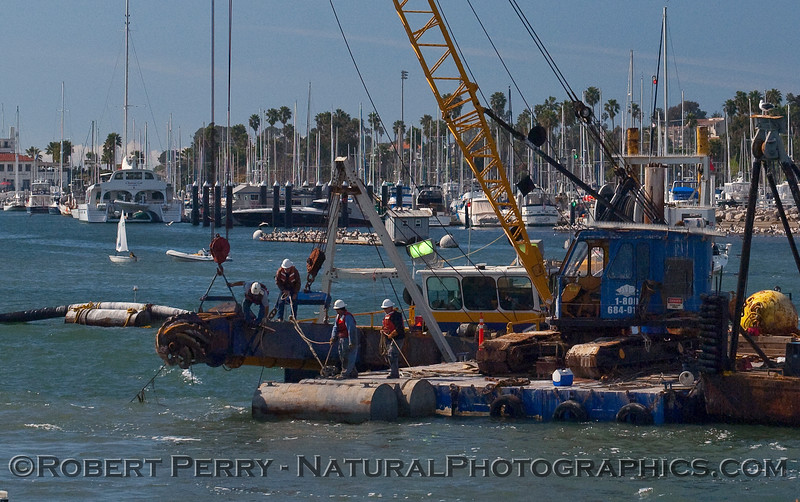 vessel dredge operations 2010 02-20 Sta Barbara Harbor b - 005